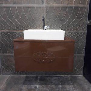 Шкаф за баня с мивка купа