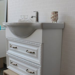 Шкаф с мивка - Евтин шкаф за баня