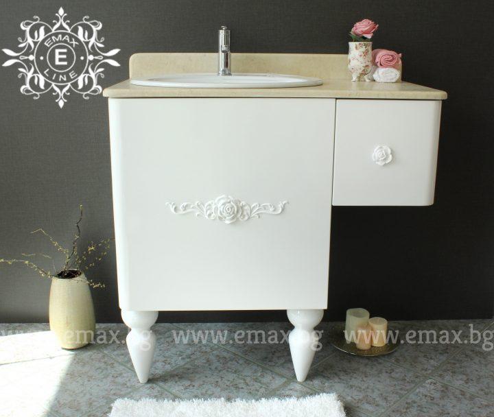 Ретро шкаф с мивка за баня с мрамор