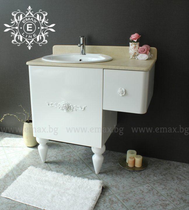Ретро шкаф за баня с мраморен плот