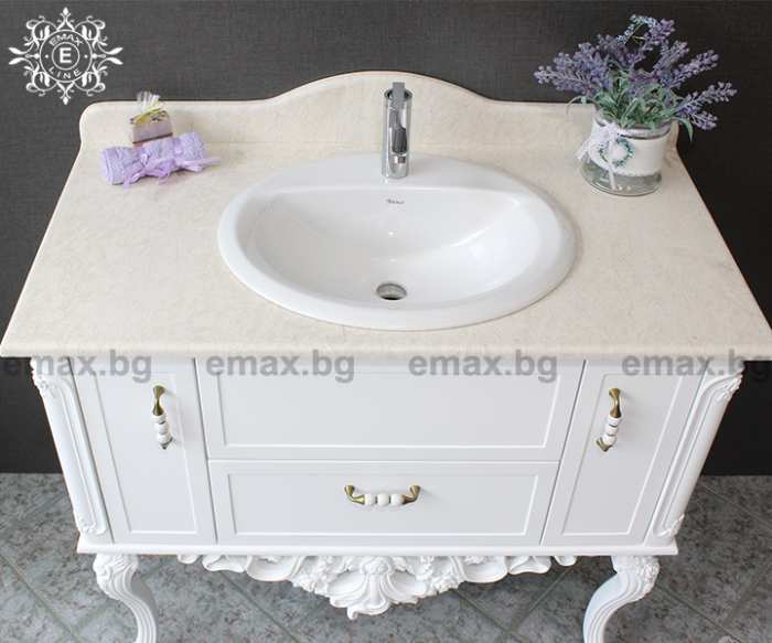 луксозни мебели за баня pvc
