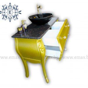 златен шкаф за баня