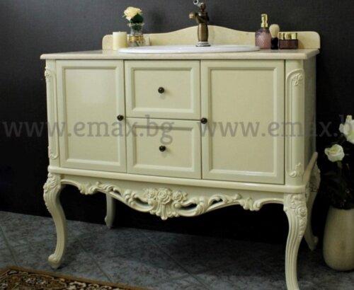 класически шкаф за баня PVC
