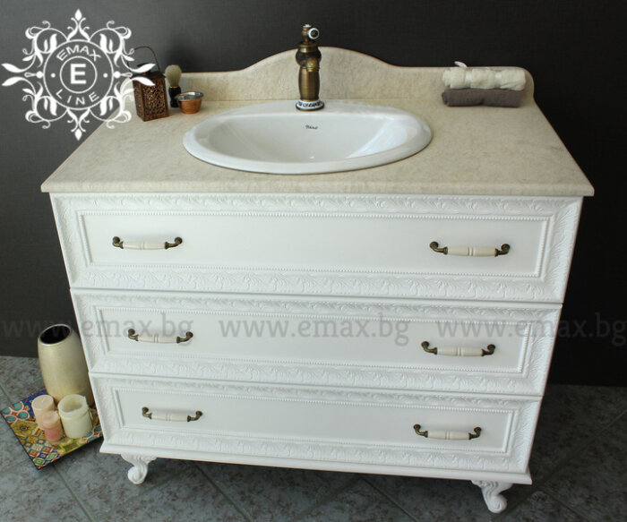 Долен шкаф за баня с мивка и мраморен плот