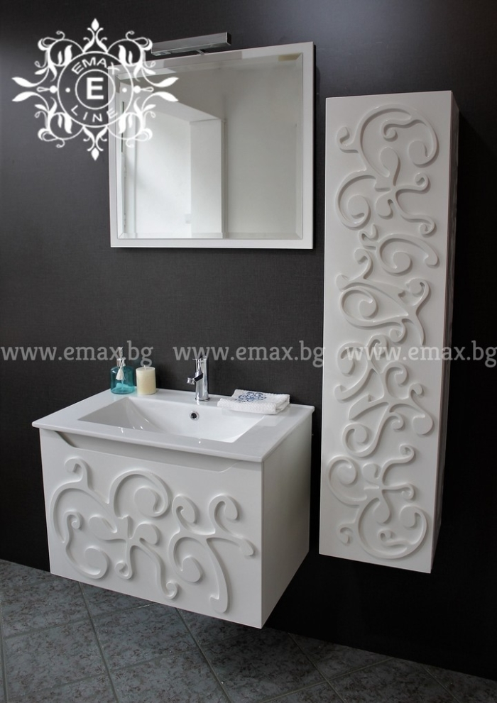 Комплект шкаф с колона за баня