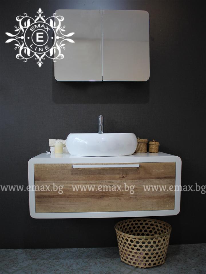 стенен шкаф за баня