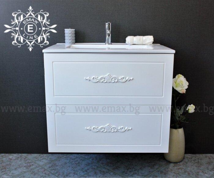мебели за баня с орнаменти