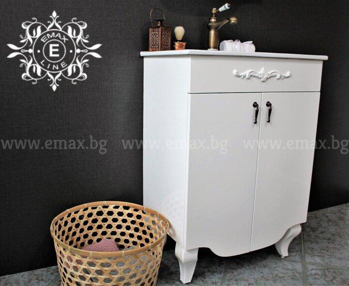 ретро шкаф с мивка за баня
