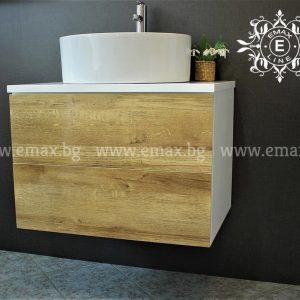 дървесен стенен шкаф за баня