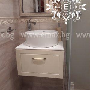 стенен шкаф за баня с мивка купа