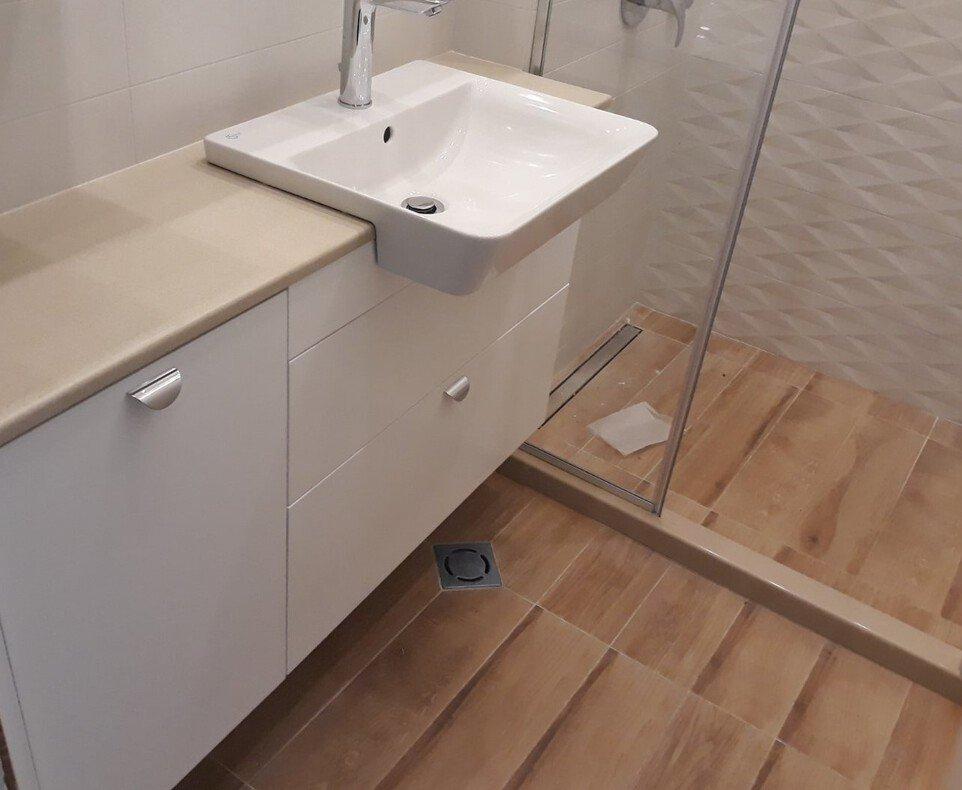 мебели за баня варна от пвц