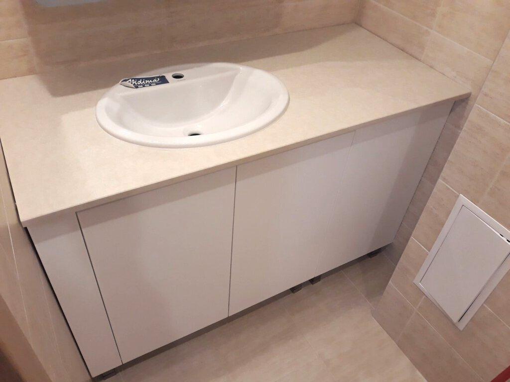 долен шкаф за баня пвц с плот от технически камък