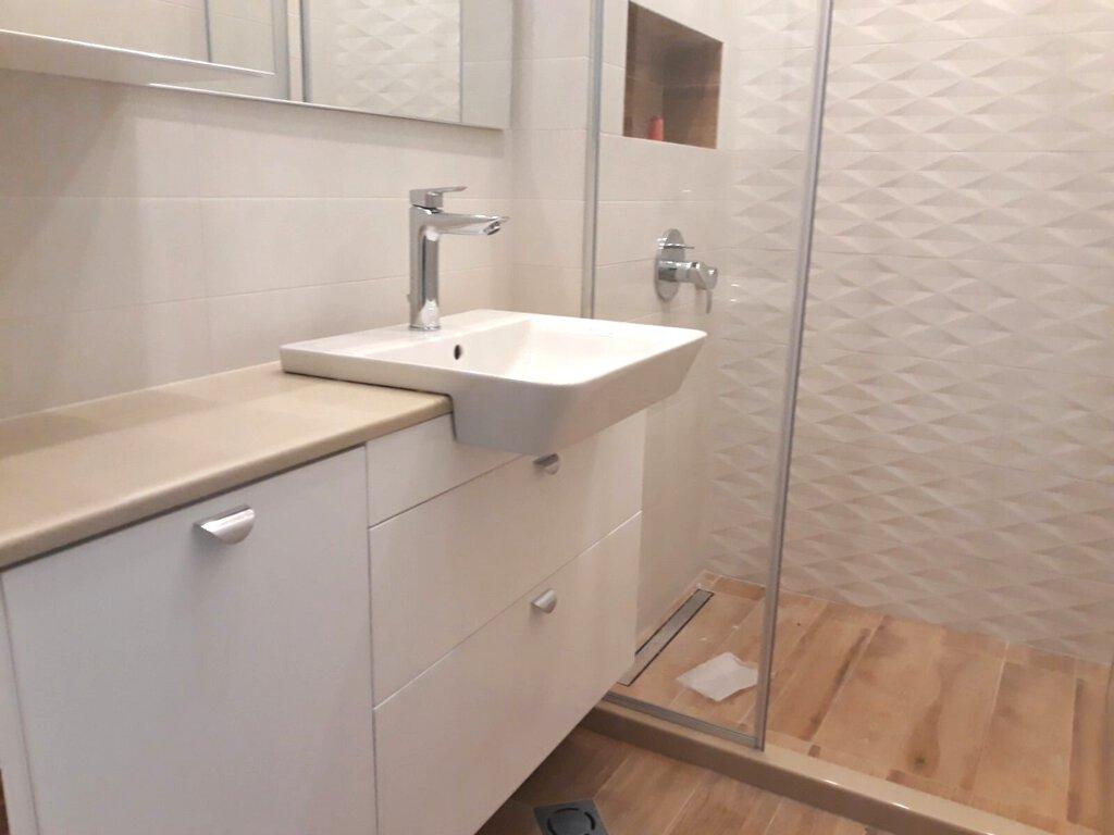 долни шкафове за баня конзолни пвц