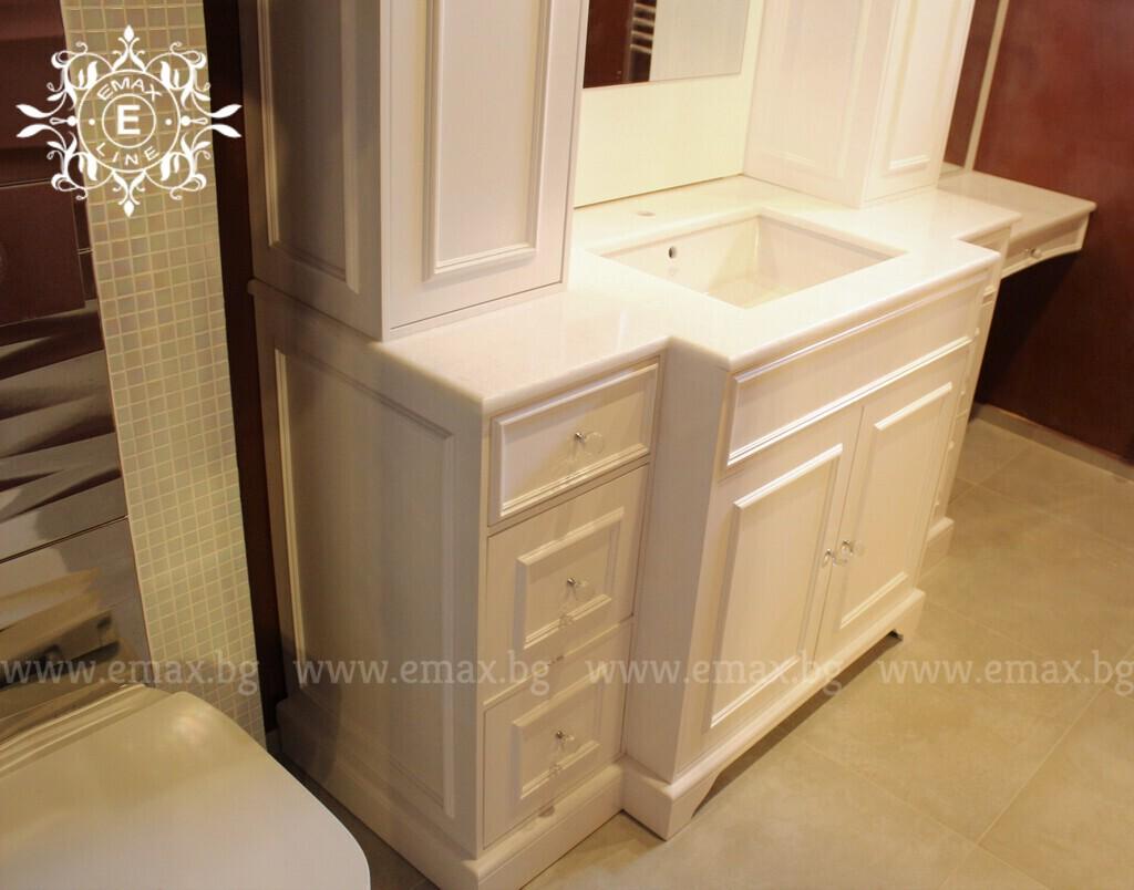 луксозен шкаф за баня бутиков пвц