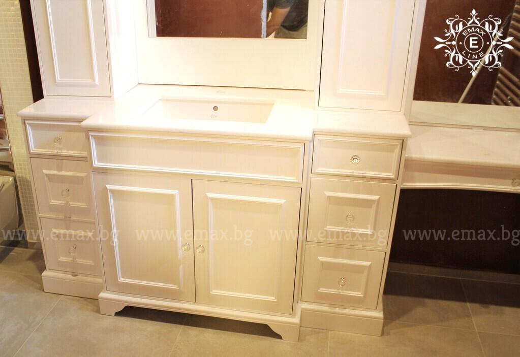 луксозни шкафове за баня пвц