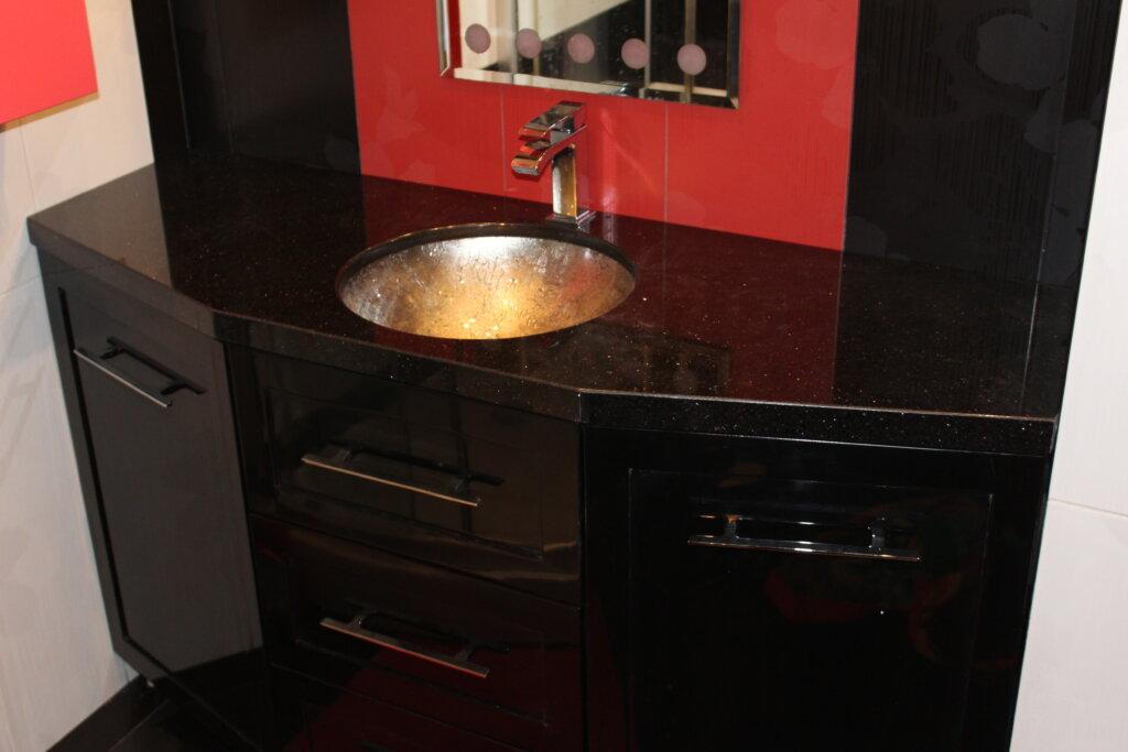 шкаф за баня черен 1