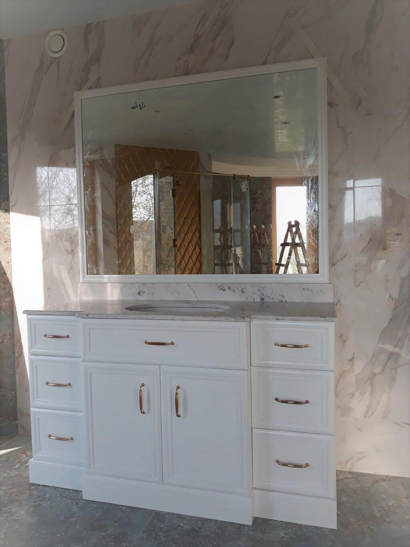 италиански мебели за баня по поръчка