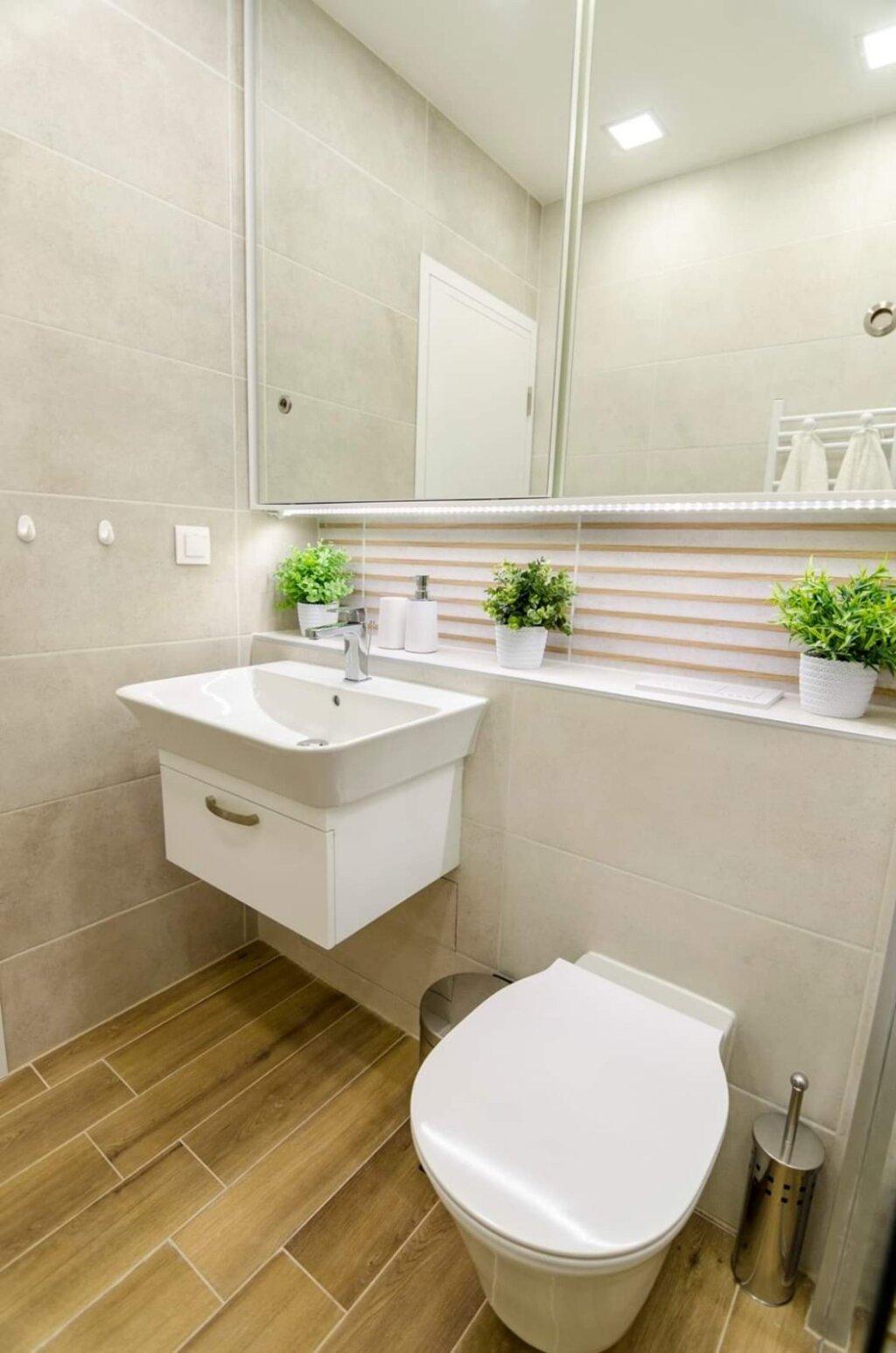 шкаф огледало за баня