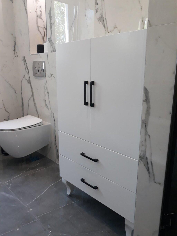 луксозни мебели за баня варна