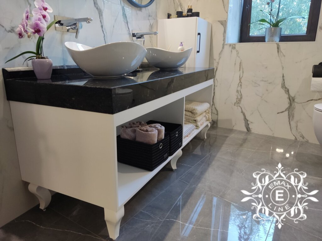 луксозни шкафове за баня