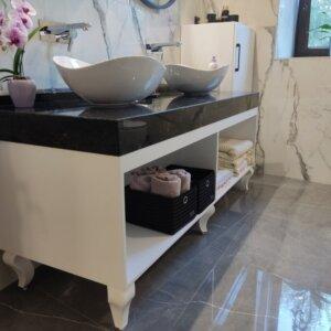 Мебели за баня по размер